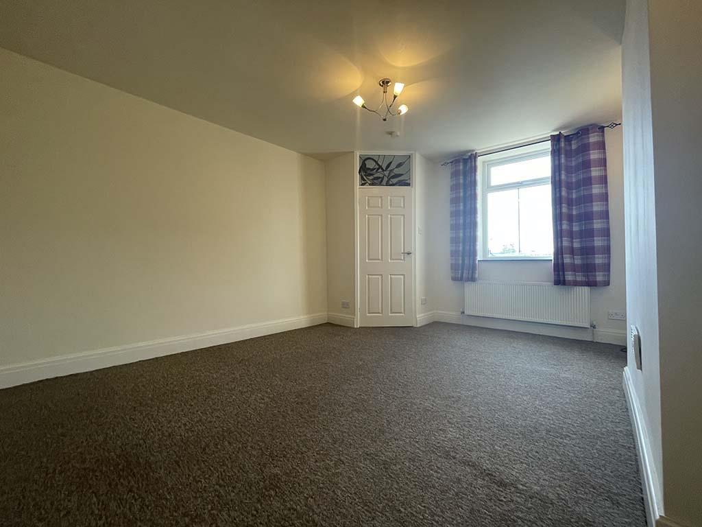 2 bedroom mid terrace house For Sale in Laneshawbridge - Property photograph